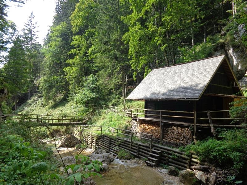 Bergwachthütte in Bärenschützklamm